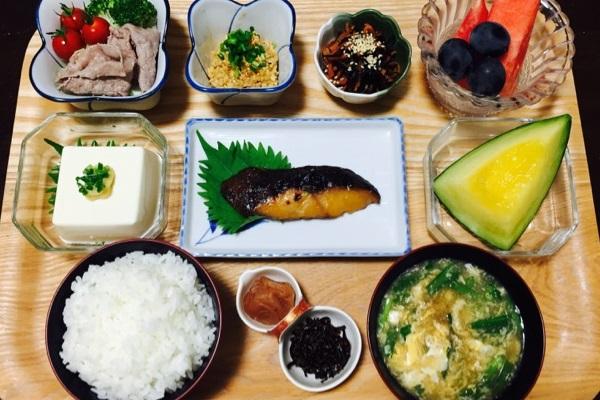 料理 小鉢 魚 ご飯