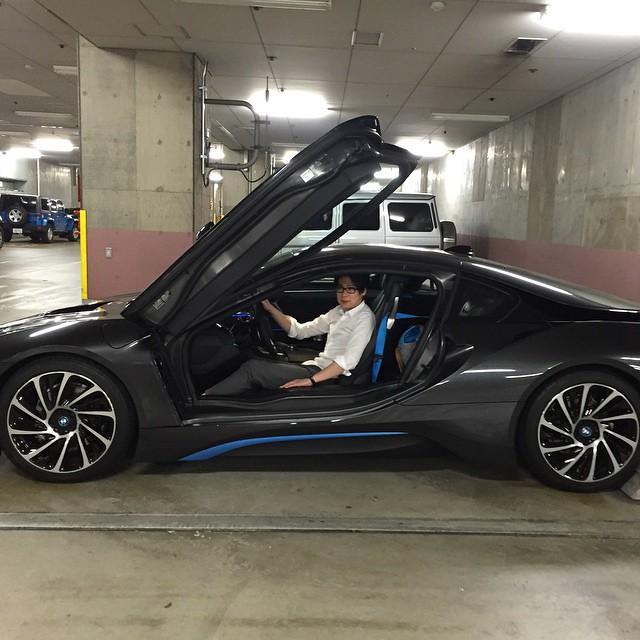 平成ノブシコブシ 吉村 車 BMW